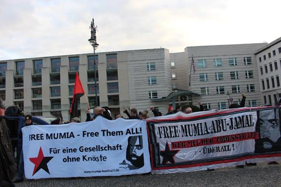 FREE MUMIA - US Botschaft - Berlin Dez 2017